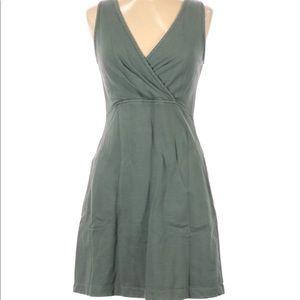 Prairie Underground sleeveless v neck dress M